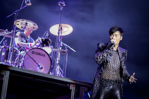 Cantopop Singer Andy Hui Delights Audiences