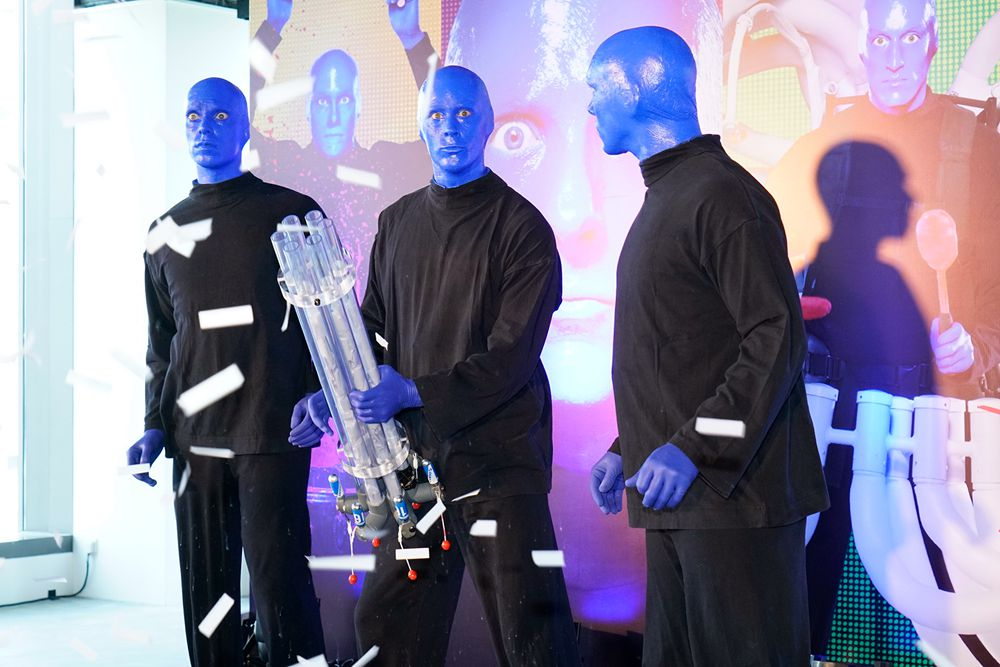 Blue Men present some surprises in the press conference